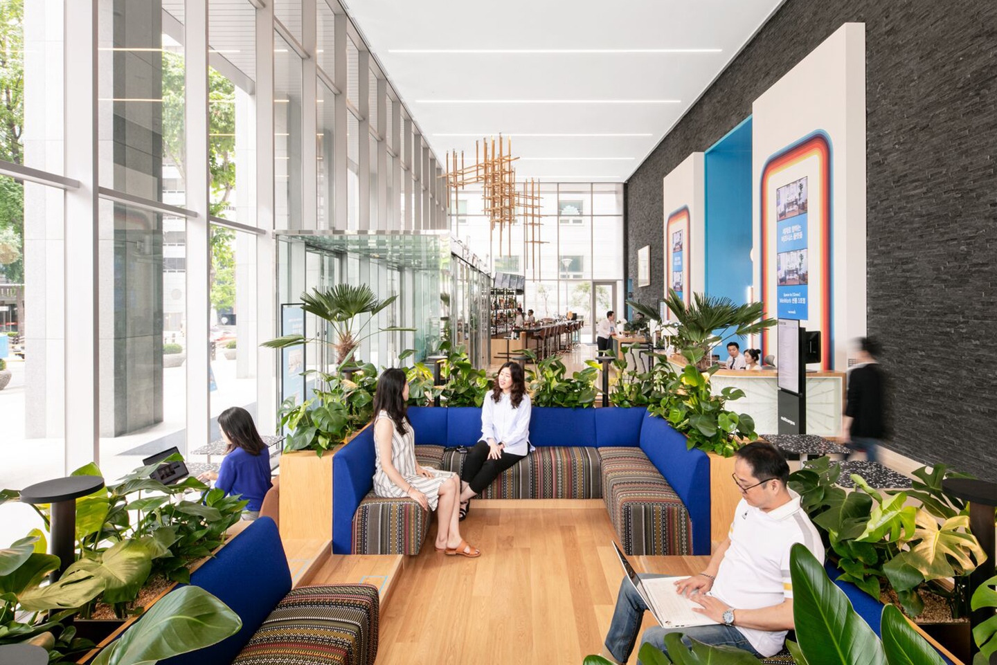 WeWork Seolleung III in Seoul. Photographs by WeWork