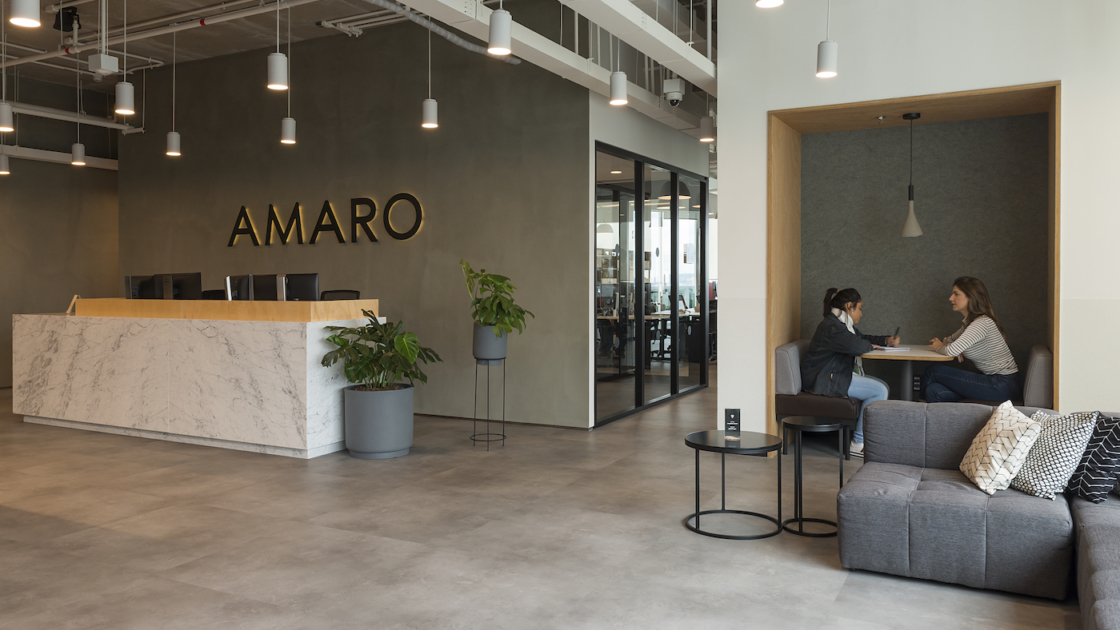 Amaro's office at WeWork Paulista 2537 in São Paulo. Photographs by Manu Oristanio
