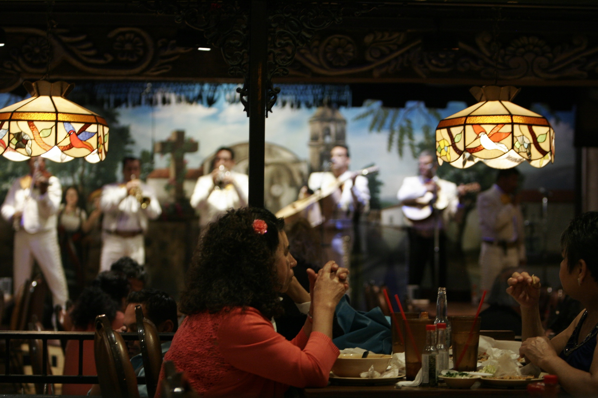 hardest-working-mariachis-in-hollywood2