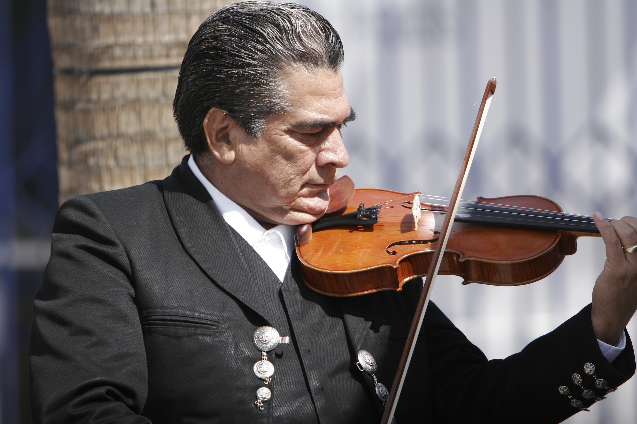 the hardest-working mariachis in hollywood1