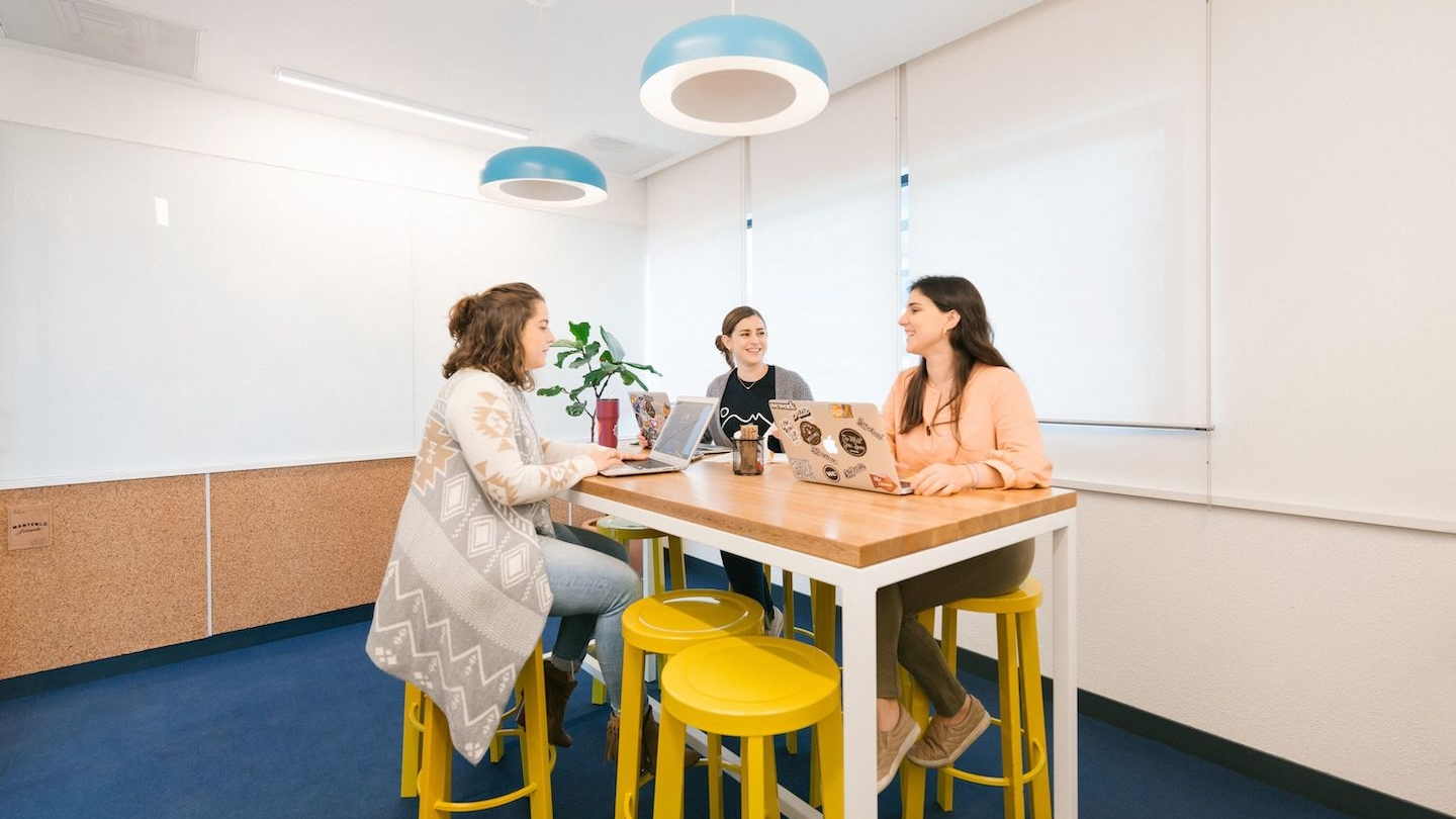 10 Conference Rooms For Every Type Of Meeting Ideas