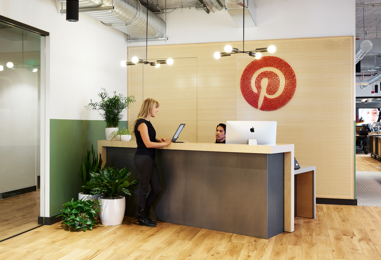 WeWork Denny Triangle の Pinterest オフィス(写真:Kevin Scott)